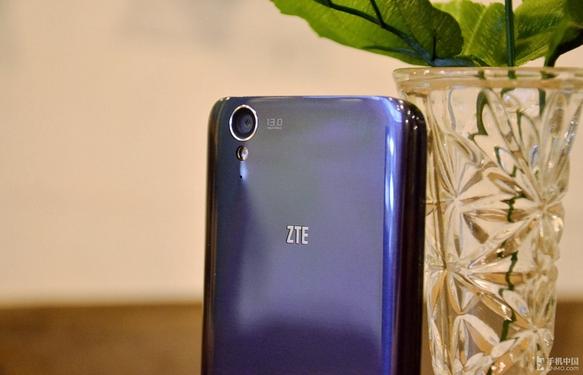 ZTE U988  936888
